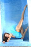 sexy flexi girl bikini contortionist