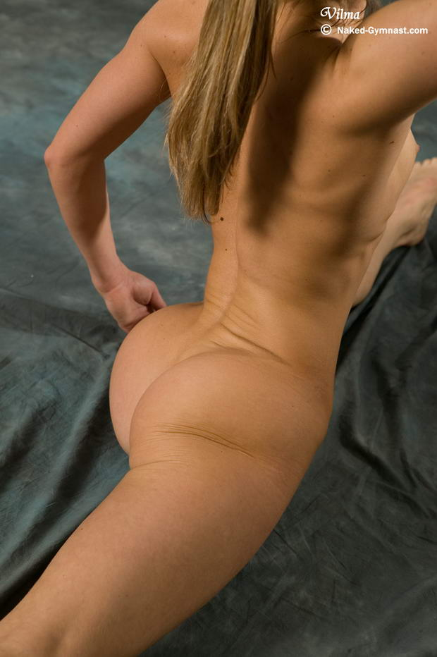 most flexible woman in the world nude