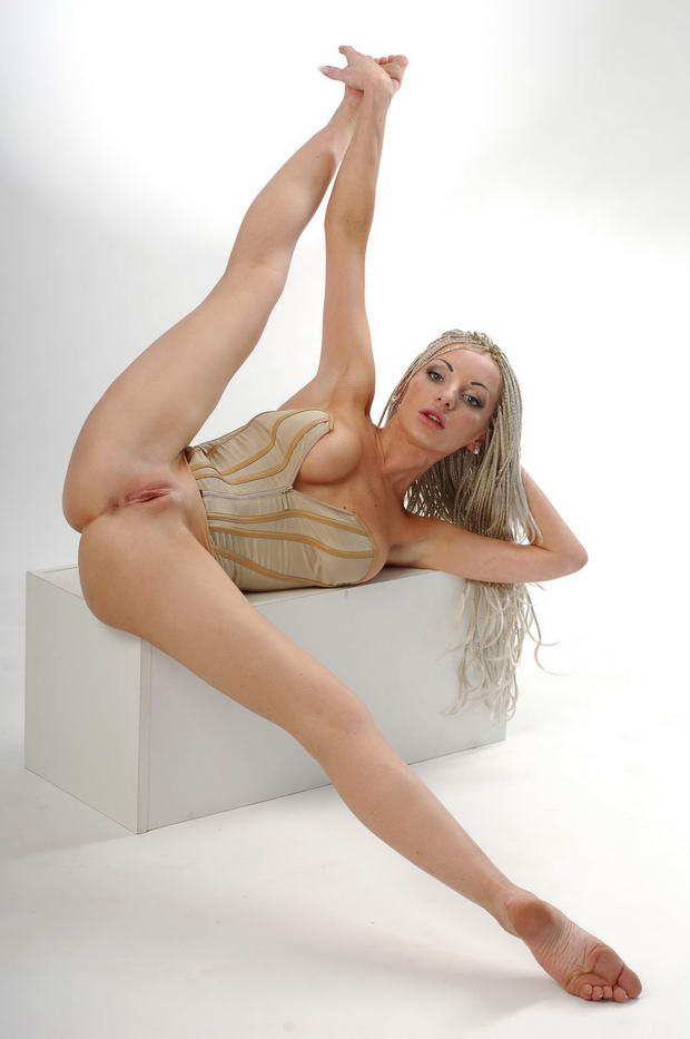 flexy-sex-pictures-muscular-women-model-porn