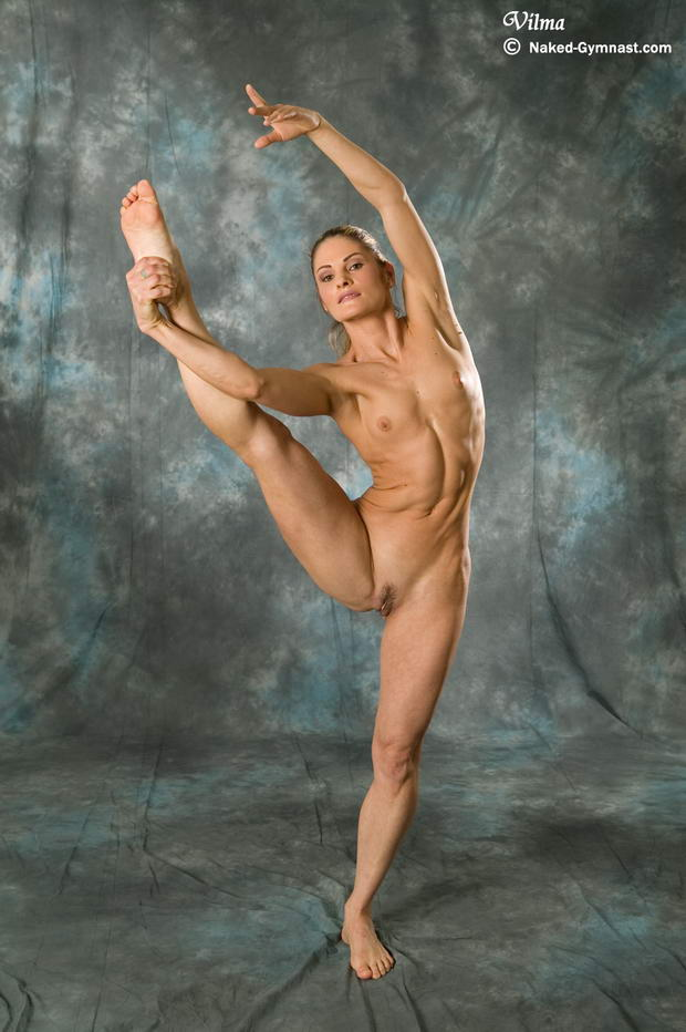 hottest flexible nude woman