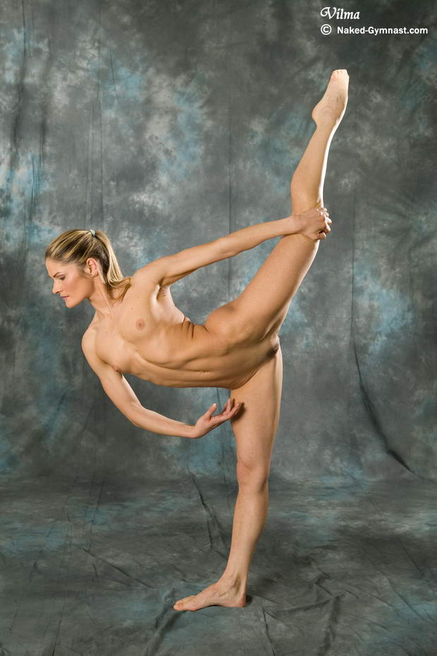 topless ballet